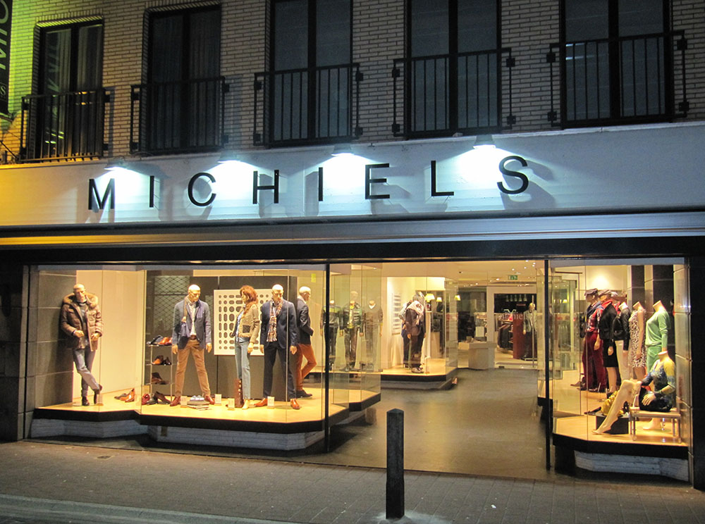 Michiels-kledingwinkel-zottegem-mannen-vrouwen-stationsstraat-1999.jpg